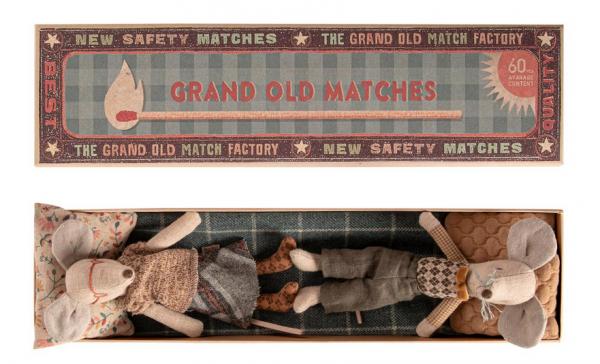 Maileg Mäuse:Grandpa + Grandma in Matchbox