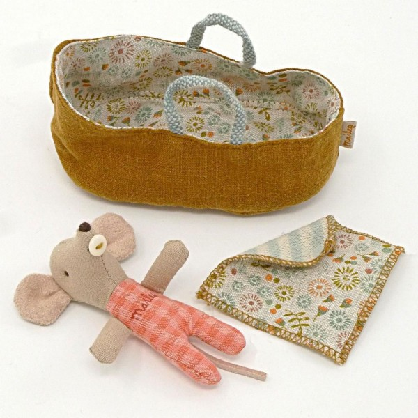 Maileg Mäuse: Baby Mouse in Carrycot-Blume