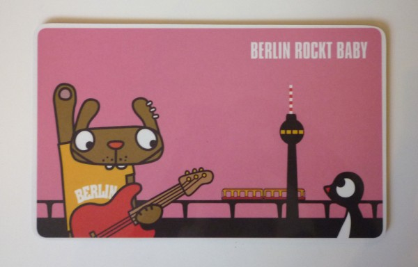 Frühstücksbrettchen von lololand - Berlin rockt Baby