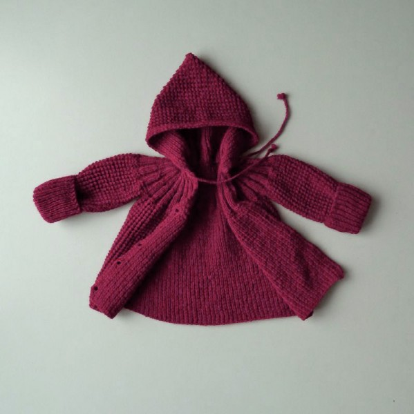 coquito Baby-Strickjacke bordeaux, one-size